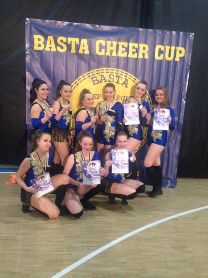 BASTA CHEER CUP přinesla Taktu zlato a stříbro.